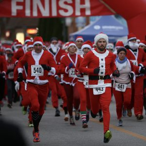 Santa Run runners